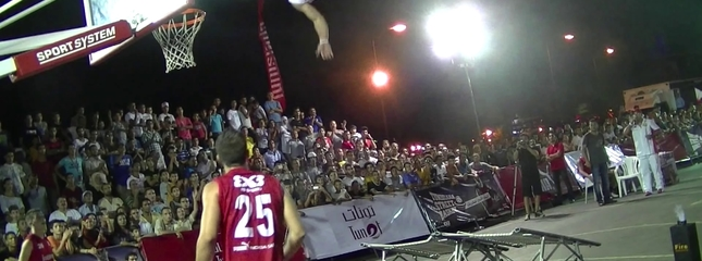 video Acro-dunk show Tunisiana street basket: Slam Jumpers